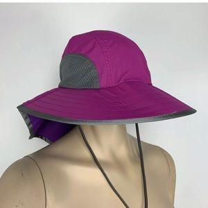 NWT Sunday Afternoons Adventure Sun Hat Magenta